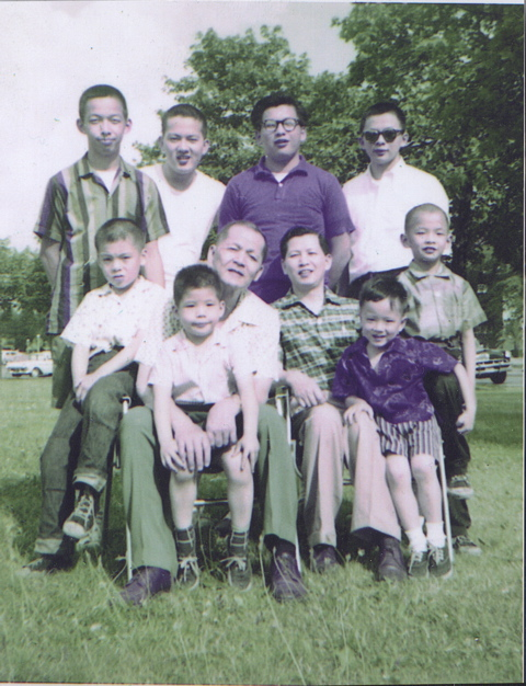 Brothers_and_uncles